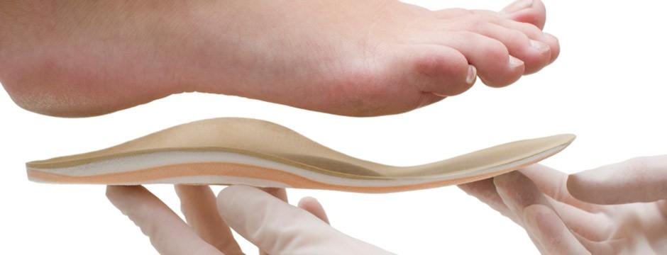 Применение ортопедических стелек и ортезов